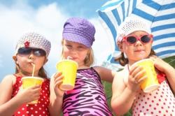 Praktische To Go Becher für Softdrinks, Smoothies, Shakes und mehr…