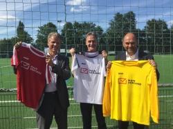 Trikots für mehr Integration: Mainversand unterstützt Projekt Skyline Soccer der…