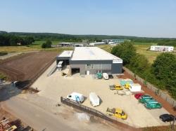 SCHEMBERG feiert Einweihung des neuen Logistikzentrums in Ibbenbüren und 85-jähriges…