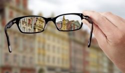 Augenarzt (Neuss): Makuladegeneration – und jetzt?