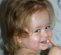 Schönheit ist relativ – Zahngesundheit und ein strahlendes Lächeln