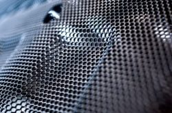 Gelochte Bauteile – ein Sonderfall für die Oberflächentechnik