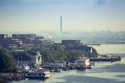 Unterwegs zu neuen Ufern: Die US-Hauptstadtregion mit dem Wassertaxi entdecken