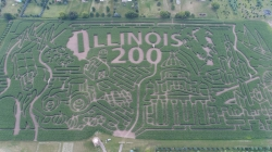 Illinois lädt ein, sich in den Themenlabyrinthen der Farmen zur…