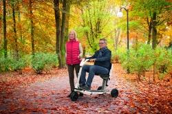 Keine Spur von Herbstblues: Mit dem Elektromobil ATTO durch den…