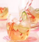 Saft statt Sekt: Mit alkoholfreien Krachern ins neue Jahr