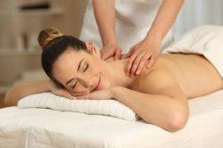 Worauf Physiotherapeuten bei Massageliegen Wert legen