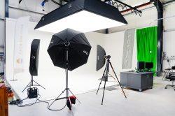 ADCADA vermietet größtes Fotostudio Norddeutschlands