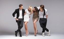Modelle in Übergrössen: Schuhe für Damen und Herren bei schuhplus