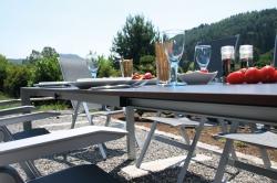 Tipp: Die richtigen Gartenmöbel für Sommer-Wochenenden