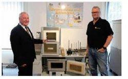 Arnold Schröder Industrieöfen GmbH: Weltweit heizen sie der Industrie ein!