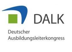 Birgit Krüger und Wertekoffer auf dem DALK 2019 in Düsseldorf