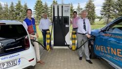enviaM bietet Ladelösungen für Autohäuser