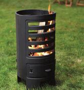Extravagantes Flair: Lodernde Flammen aus schwarzem Gusseisen
