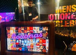 DJ+ Livekünstler mit Wunsch-App kontaktlos mit De Coronas erleben