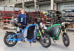 """Bundesliga-Star testet besonderes E-Motorrad: """"So viel Fahrspaß hatte ich noch nie!"""""""