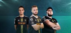 Philips Monitore stattet FIFA-Team von Team Vitality aus