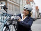 E-Bike Akku am Arbeitsplatz aufladen? – Aktuelle Verbraucherfrage der ERGO…