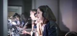 Simultandolmetscher: Weltweit in 24 Stunden verfügbar
